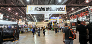 Wizard-World-Philly-2014-photo-by-Kendall-Whitehouse-1020x492