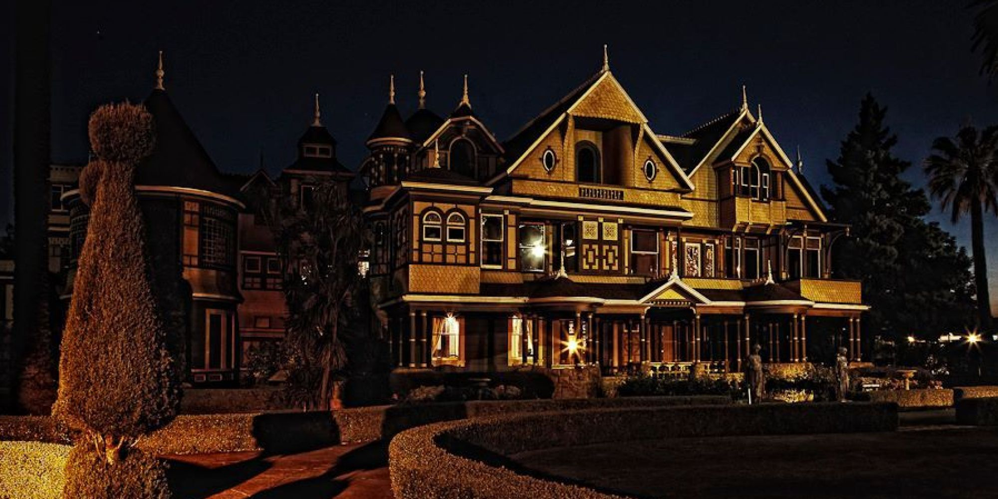 o-WINCHESTER-MYSTERY-HOUSE-facebook